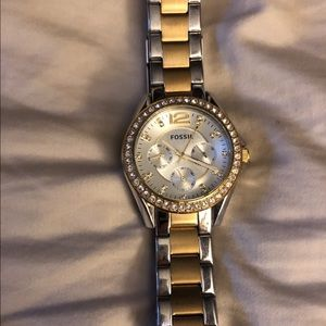 Fossil women watch Gold and Silver.